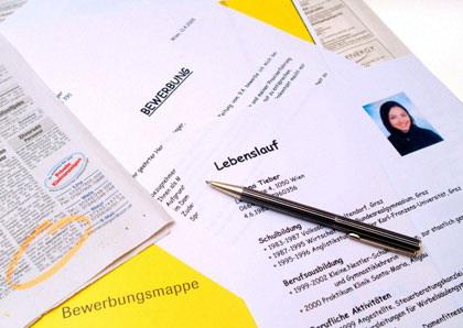 Quản lý tuyển dụng bằng Excel và theo dõi hồ sơ ứng viên